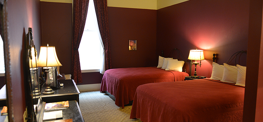 Plaza Hotel Rooms, the Plaza Hotel Las Vegas NM